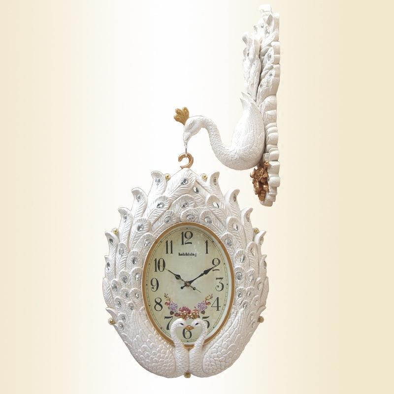Đồng hồ treo tường con công hai mặt độc đáo phong cách Hoàng Gia Anh 8822-TR