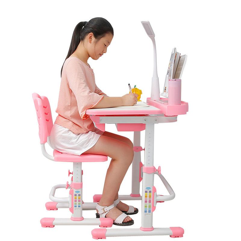 Bàn học trẻ em thiết kế khoa học giúp tập trung việc học tốt hơn tích hợp đèn LED KPL-B8 màu hồng