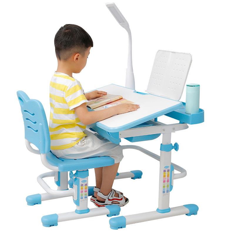 Bàn học trẻ em thiết kế khoa học giúp tập trung việc học tốt hơn tích hợp đèn LED KPL-B8 màu xanh