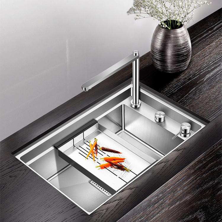 Chậu rửa bát thông minh với vòi nước tích hợp 2 loại nước có thể ấn xuống gấp gọn biến hóa thành thớt tiện lợi cho gian bếp hiện đại MT-6443S