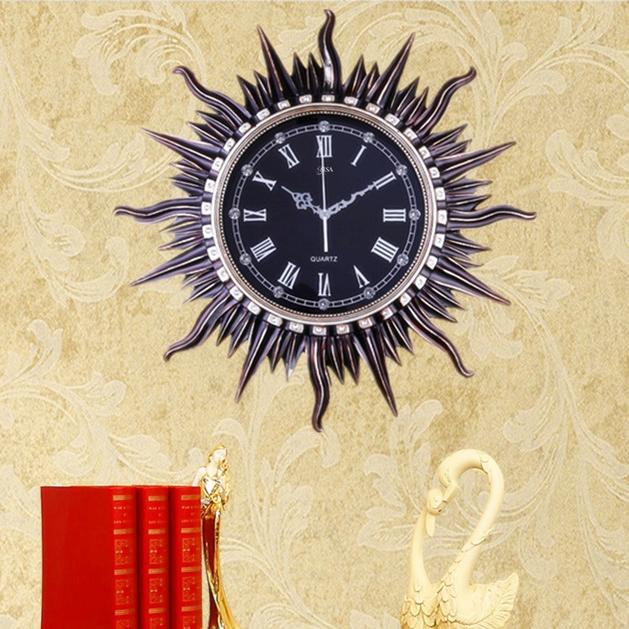 Đồng hồ treo tường thần mặt trời vô cùng sang trọng và ấn tượng BS6811-DE