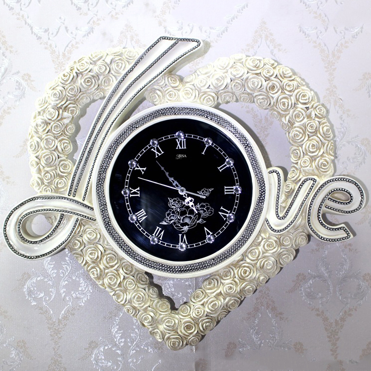 Đồng hồ treo tường chữ LOVE đẳng cấp Hoàng Gia sang trọng đầy ấn tượng BS6852-TR
