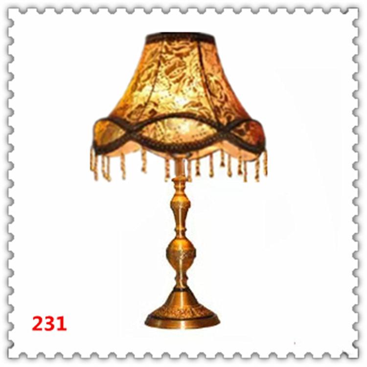 Đèn bàn phòng cách Châu Âu tân cổ điển đầy ấn tượng 231