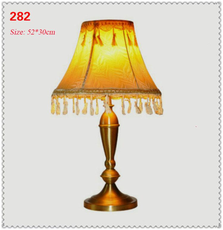 Đèn bàn phòng cách Châu Âu tân cổ điển đầy ấn tượng 282