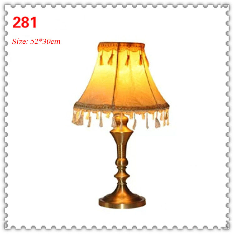 Đèn bàn phòng cách Châu Âu tân cổ điển đầy ấn tượng 281
