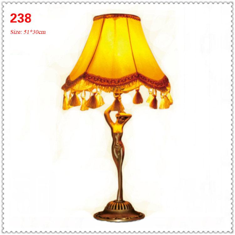 Đèn bàn phòng cách Châu Âu tân cổ điển đầy ấn tượng 238