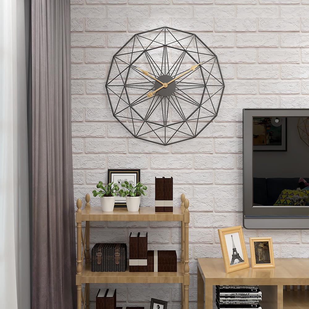 Đồng hồ treo tường nghệ thuật cách điệu cho không gian thêm ấn tượng BS55689-50BL