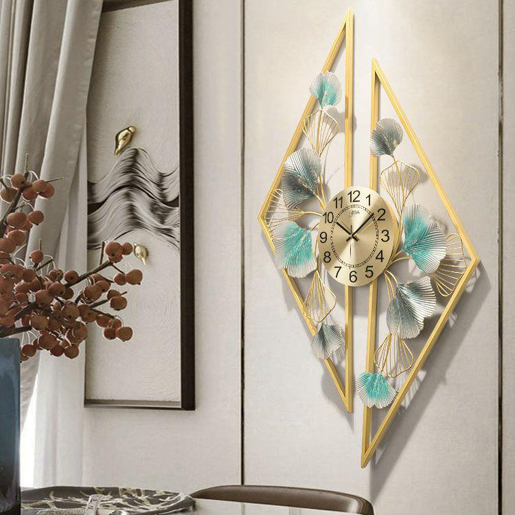 Đồng hồ treo tường trang trí 3D cho không gian hiện đại thêm ấn tượng BS914 mặt vàng số thường
