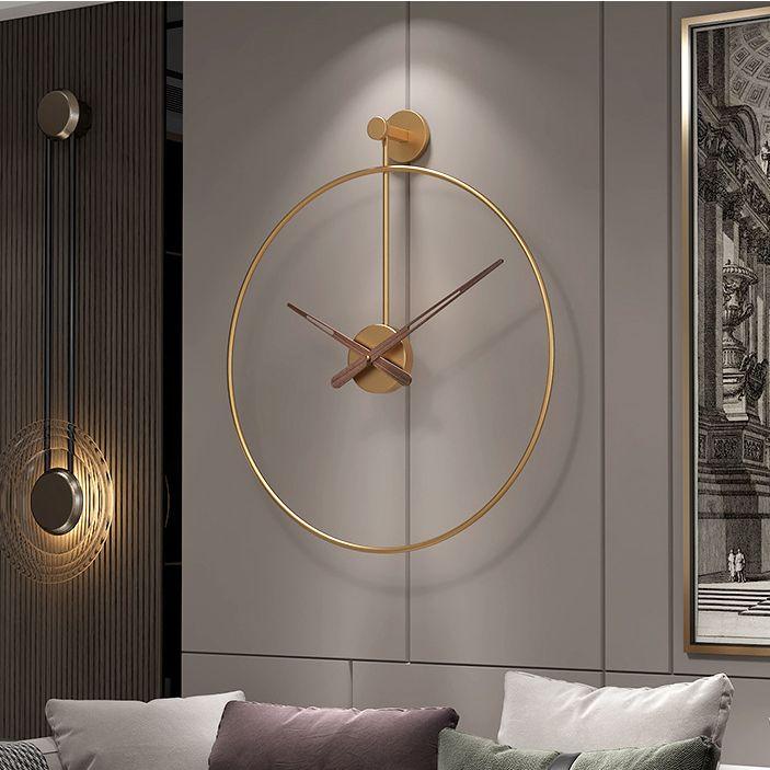 Đồng hồ treo tường trang trí phong cách Bắc Âu ấn tượng YX2043 màu vàng