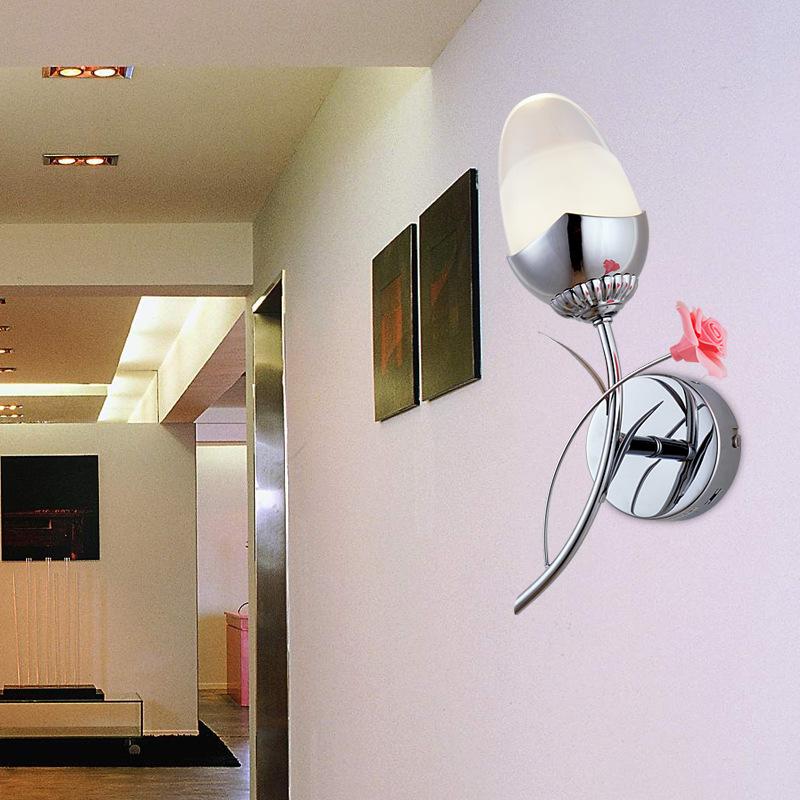 Đèn gắn tường pha lê cách điệu hình bông hoa tinh tế B91