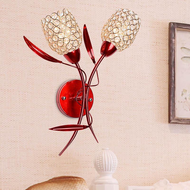 Đèn gắn tường pha lê trang trí đầu giường phòng ngủ - món quà cưới đầy sáng tạo và ý nghĩa