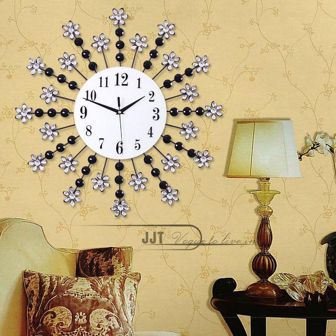 Đồng Hồ Treo Tường với thiết kế ấn tượng sẽ giúp nhà bạn trở lên sang trọng và hiện đại IL1355