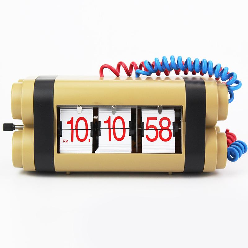Đồng hồ để bàn dạng lật hình quả bom vô cùng độc đáo chắc chắn sẽ tạo sự ngạc nhiên HY-F073