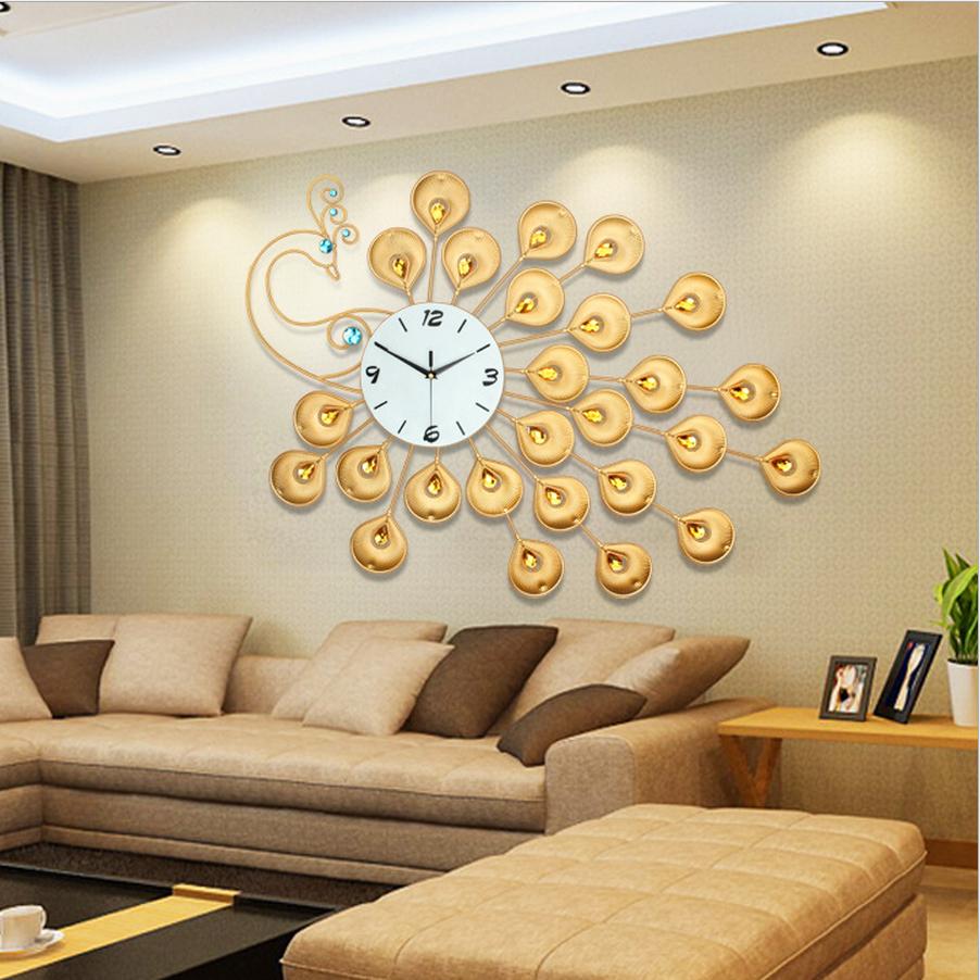 Đồng hồ treo tường công vàng may mắn kết hợp đá pha lê vô cùng đẹp và sang trọng JT1508
