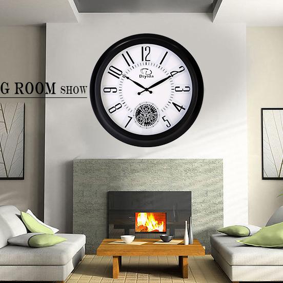 Đồng hồ treo tường trang trí hiện đại vô cùng độc đáo 66122
