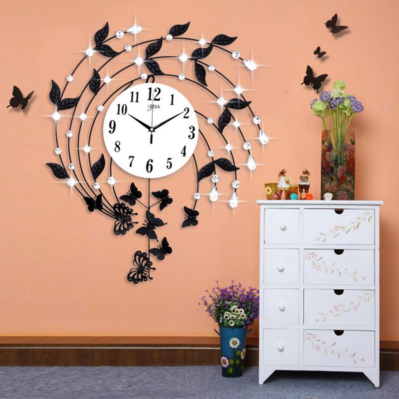 Đồng hồ treo tường họa tiết lá hoa sưa tôn lên sự sáng tạo và sang trọng BS7777