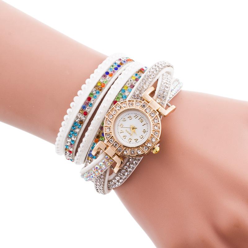 Đồng hồ thời trang nữ cho bạn gái thêm cá tính, trẻ trung 20213