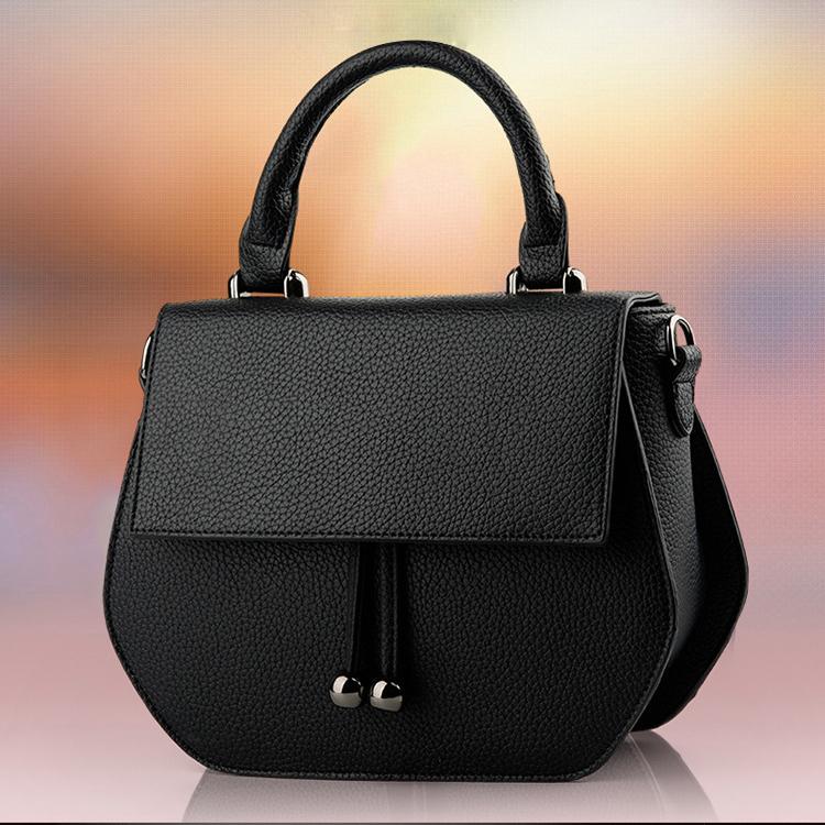 Túi xách nữ cá tính- đem lại nét đẹp trẻ trung năng động  0106