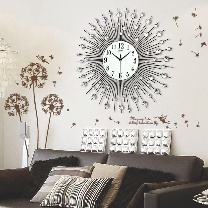 Đồng hồ treo tường mặt trời thương hiệu Bisa tạo nên phong cách hiện đại và đặc biệt ấn tượng BS60006-90