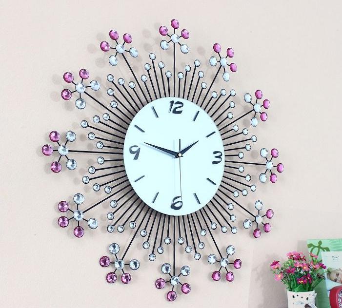đồng hồ trang trí bằng pha lê hình hoa ảnh 2
